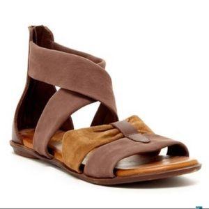 Matisse Aussie Leather Sandals